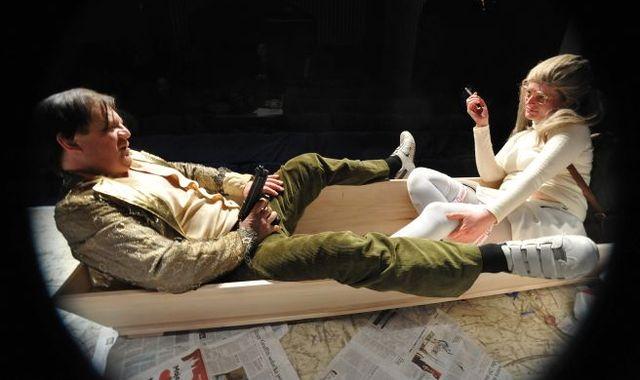 FOTO: Inscenace Divadla Na zábradlí s názvem Denně