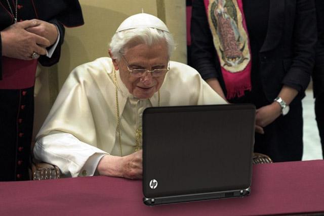 I Vatikán holduje svobodě internetu. Koláž: Jakub Vondrák, TOPZINE.cz