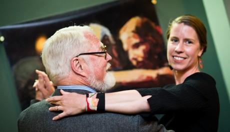 FOTO: Americký spisovatel Robert Fulghum se svou manželkou Willow Bader