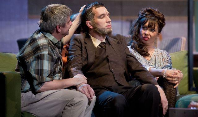 FOTO: Večírek, Divadlo Broadway