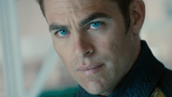 FOTO: Chris Pine ve filmu Star Trek