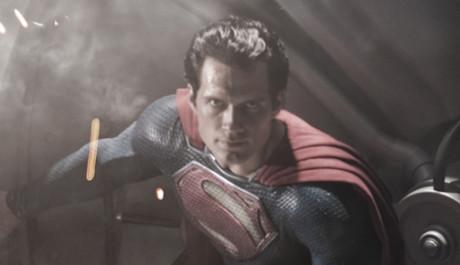 FOTO: Henry Cavill jako Superman