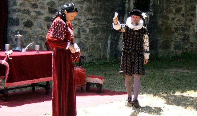 FOTO: Divadelní spolek Prácheňská scéna uvádí Stroupežnického Zvíkovského raráška