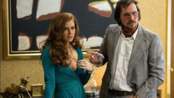 FOTO: American Hustle - Amy Adams a Christian Bale