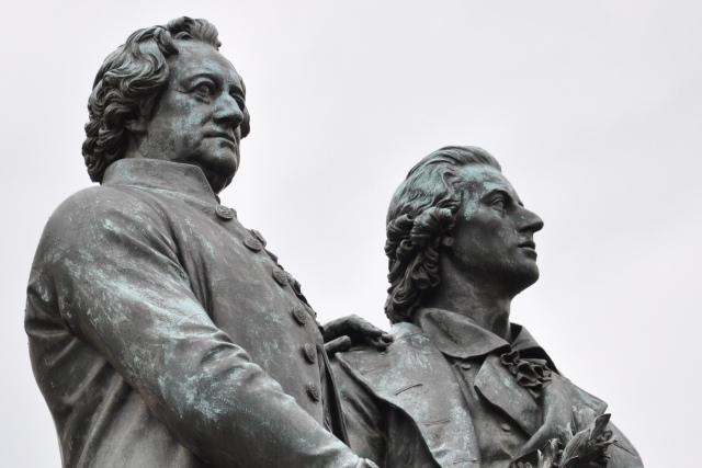 FOTO: Památník Goetha a Schillera ve Výmaru