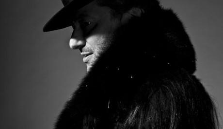 Rachid Taha přiveze do Prahy originální mix arabských a afrických rytmů s rockem. Zdroj: United Islands Foto: Marc-Antoine Serra