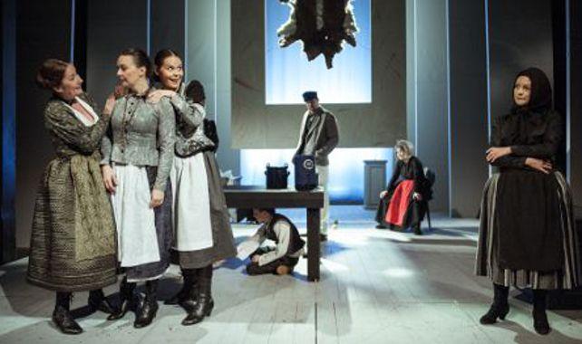 FOTO: Jihočeské divadlo uvádí Advent Jarmily Glazarové