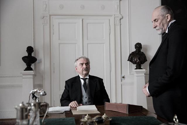 FOTO: Miroslav Donutil ve Velikém bourání
