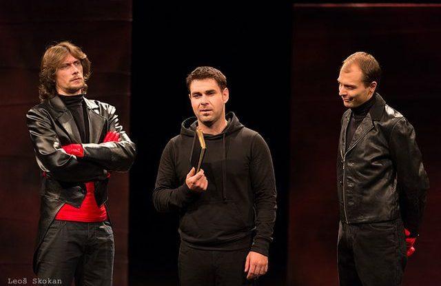 FOTO: Hamlet s falešnými přáteli