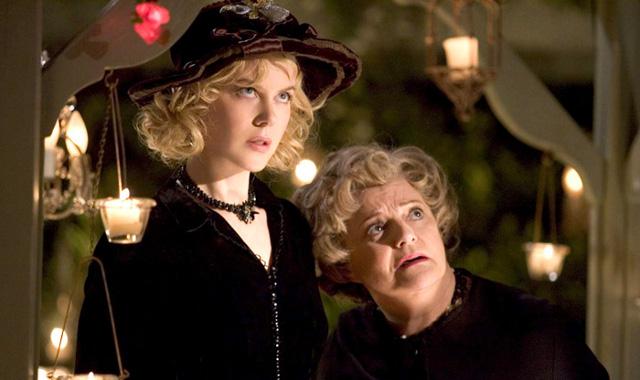 FOTO: Moje krásná čarodějka - Nicole Kidman a Carole Shelley - Columbia Pictures
