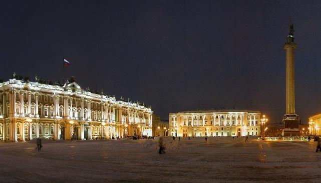 Jedno z náměstí Petrohradu