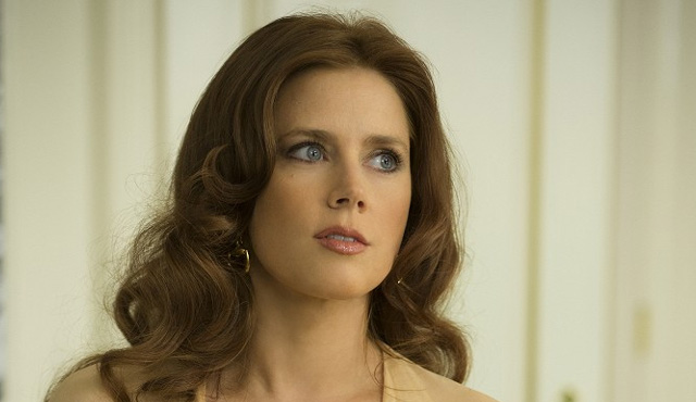 FOTO: Amy Adams ve filmu Spinavy trik