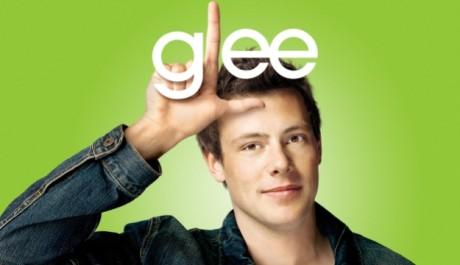Jeho první a zároveň poslední nejznámější rolí je ta ze seriálu Glee. Zdroj: Bonton