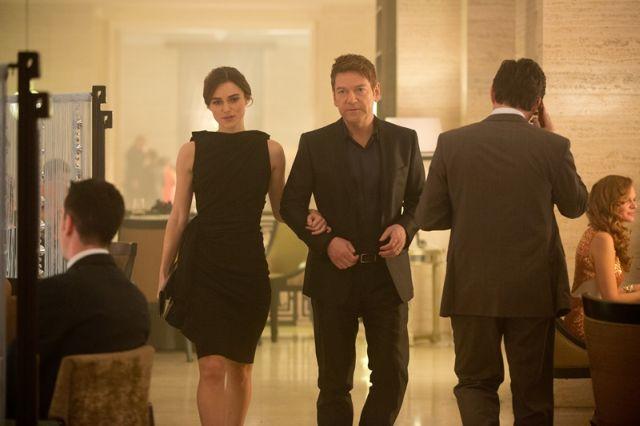 Zloducha si zahrál sám režisér, krásnou Ryanovu přítelkyni Keira Knightley.