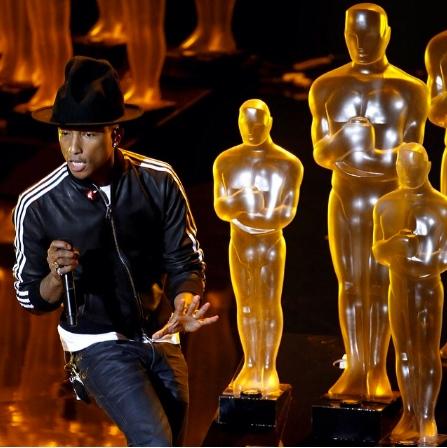 Pharrel Williams na Oscarech zazářil. | Zdroj: oficiální facebook interpreta