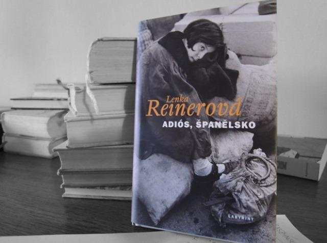 FOTO: Adiós, Španělsko, obálka knihy