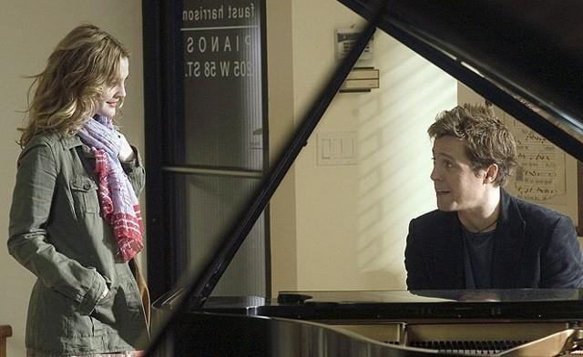 FOTO: Hudbu složil, slova napsal - Hugh Grant a Drew Barrymore - Warner Bros.