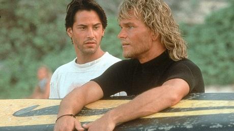 Patrick Swayze a Keanu Reeves v Bodu z lomu z roku 1991.