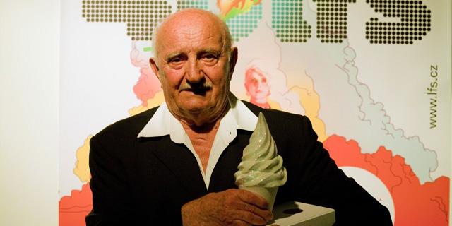 FOTO: Josef Somr oceneny na Letni filmove skole