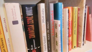 FOTO: Hrdost na knihomolství.