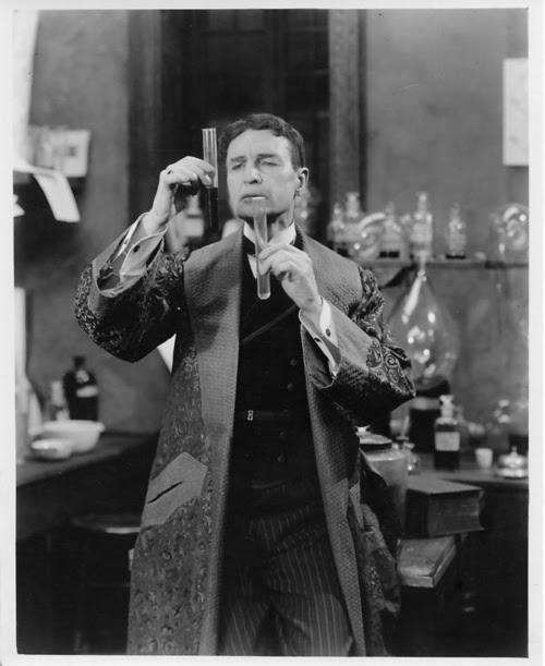 William Gillette v roli Sherlocka Holmese. Zdroj: Essanay Studios