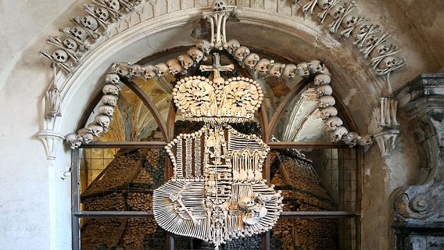 Kostnice v Sedlci u Kutné Hory, Zdroj: www.ossuary.eu