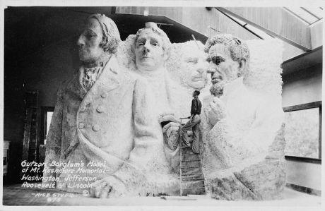 Mount Rushmore, prvotní podoba, Zdroj: www.en.wikipedia.org