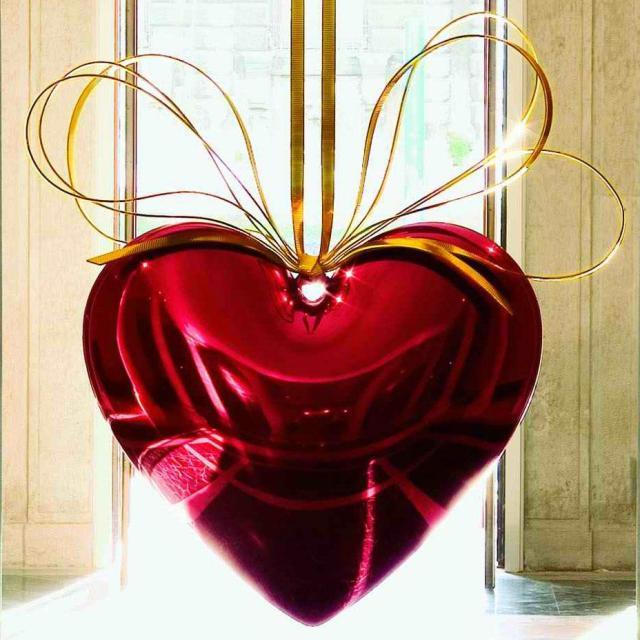 Hanging heart, Jeff Koons, Zdroj: www.jeffkoons.com