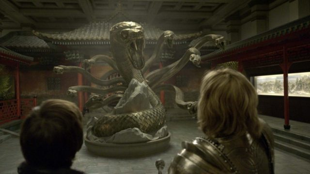 Obří had z kovu... Ještě že je to jenom animace. Zdroj: CinemArt