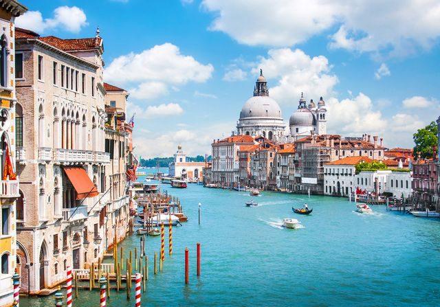 canal_grande_benatky_italie_more_ocean