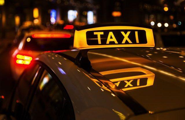 taxi_sluzba_nehoda