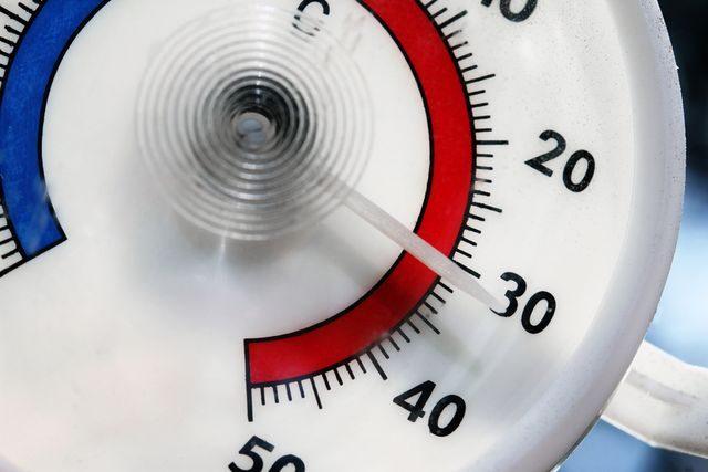 teplomer_teploty_nad_30_vedro_leto