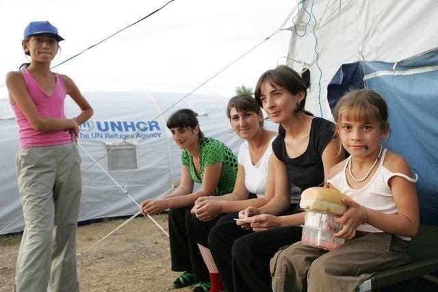 uprchlici-gruzie-stany-tabor-imigranti