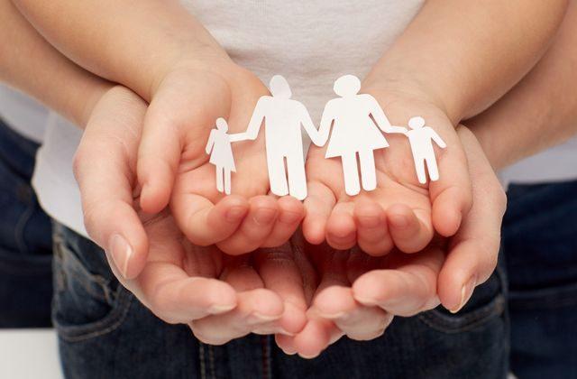 rodina_adopce_deti_mama_tata