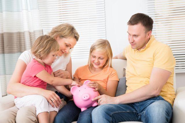 rodina_spori_penize_danove_zvyhodneni_uspory_dane