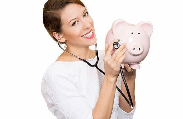 Kdy změnit zdravotní pojišťovnu. poplatky-za-lekarskou-peci