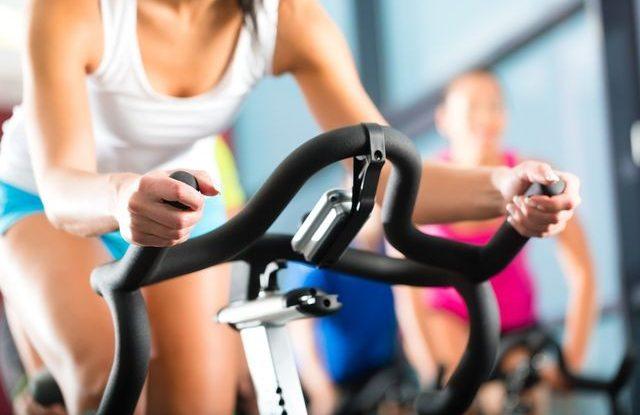 v-posilovnach-fitness-je-vic-bakterii-nez-na-zachode-cviceni