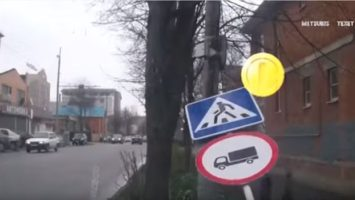 znacka-srazila-chodce