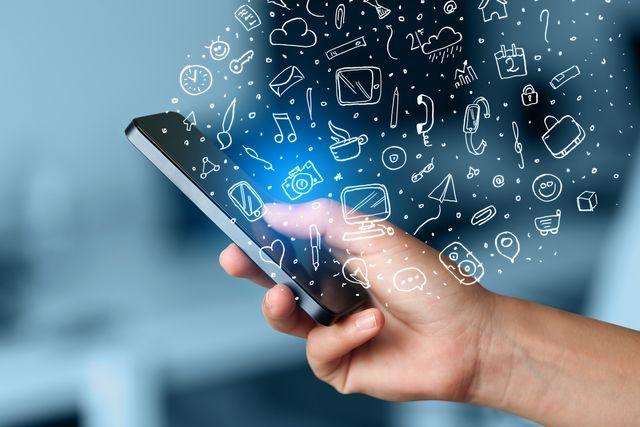 smartphone-jak-usetrit-za-mobilni-telefon