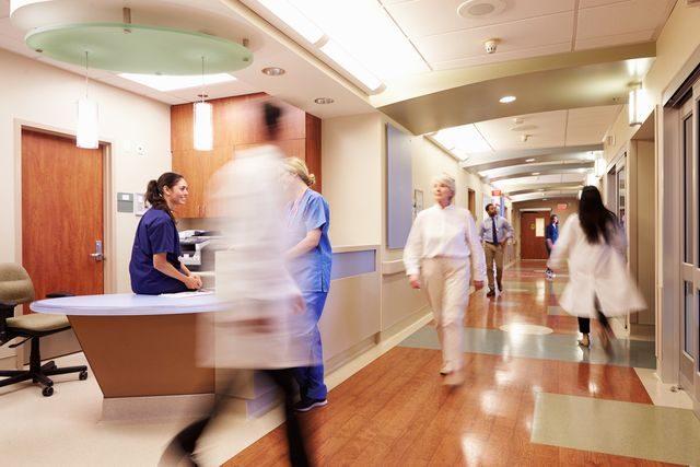 nemocnice neštěstí ženská obřízka
