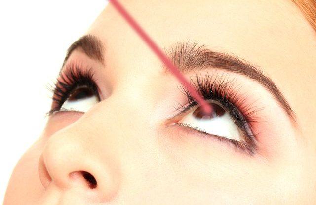 Operace šedého očního zákalu