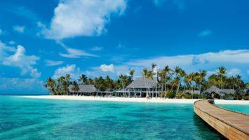 Maledivy, luxusni dovolena