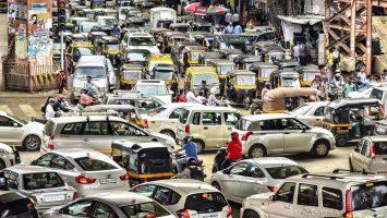 Indický řidič autobusu, dopravní situace v Indii