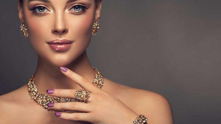 Psychologie šperků: Co o vás prozradí váš oblíbený doplněk?