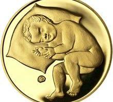 Zlatá mince k narození dítěte