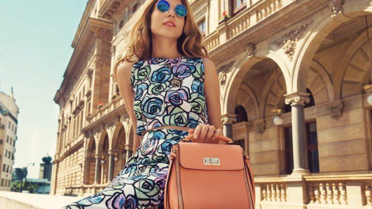 Jak si vybrat letní kabelku