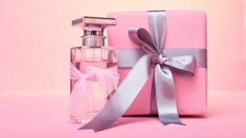 Parfém jako dárek k mdž